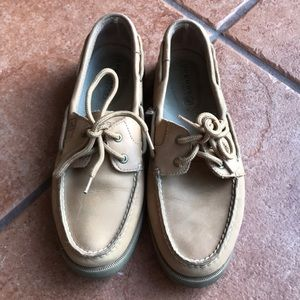 SPERRY TOP SIDER LOAFERS SIZE 8M